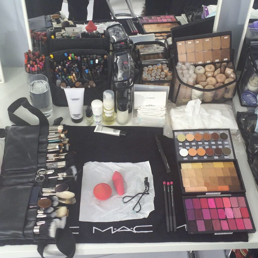 Pin by Ashley Dickow on Makeup Vibes Makeup artist kit