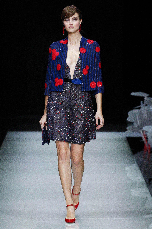 Giorgio Armani Spring 2016 Ready-to-Wear Fashion Show - Agne Konciute