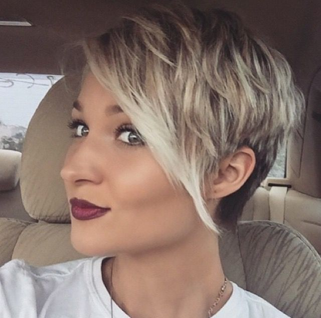 Love How Light It Is In The Front Hair Styles Cute Hairstyles For Short Hair Short Hair Styles
