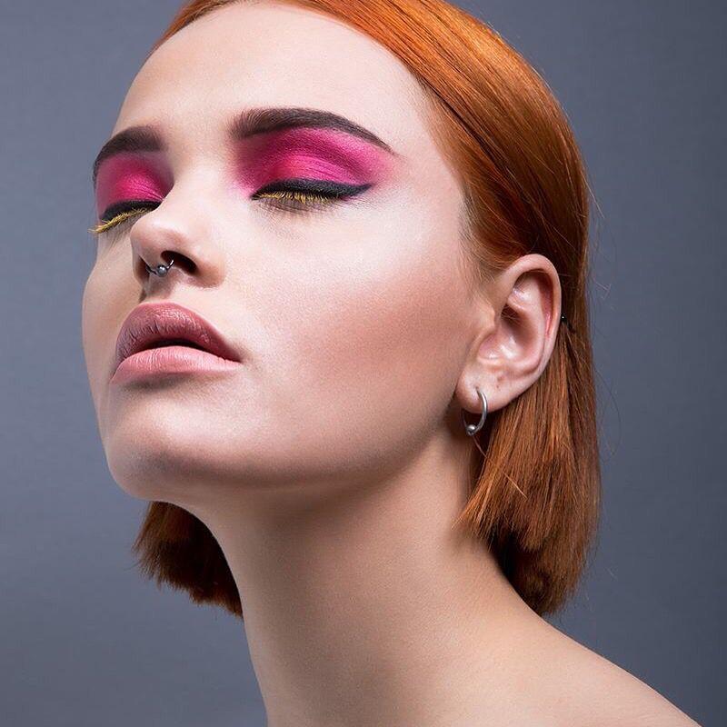 Pink makeup #editorial #pink #eyeliner #makeup