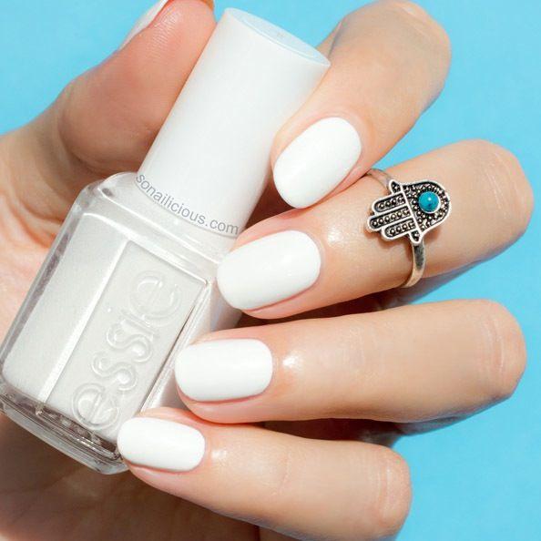 Nail Polish Ka Design Dikhaye: The Best White Nail Polish - Essie Blanc