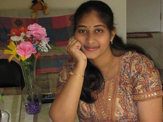Malayali girls and women mallu nice photos pics and images ...