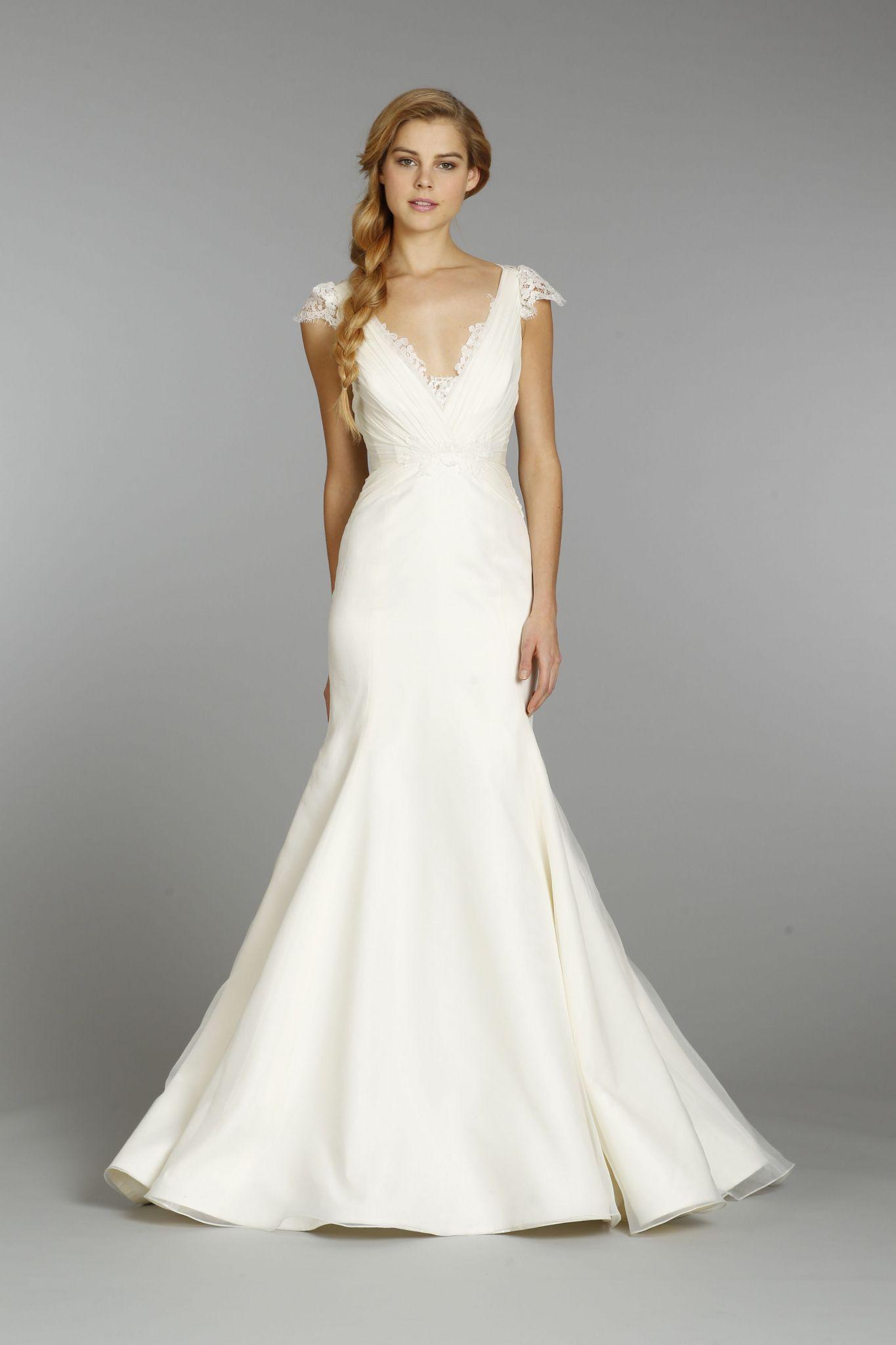 Best Wedding Dress For Hourglass Shape