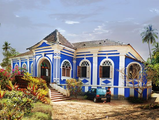Casa robello anjuna goa india built in 16th century for Royal classic house