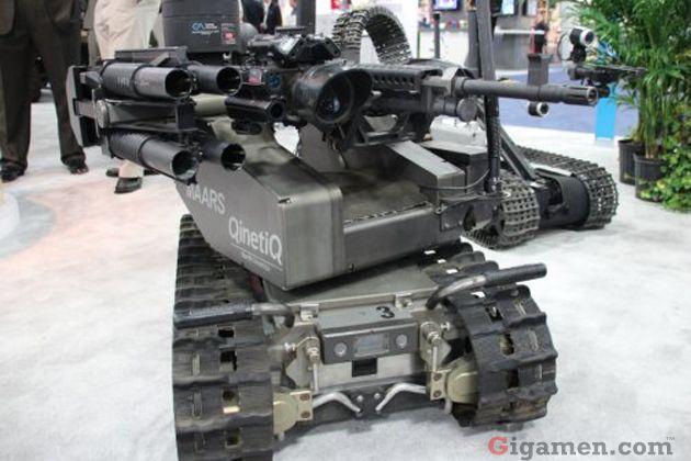 世界平和を守る為・・?無人戦車ロボット   戦車、軍用車両、ロボット