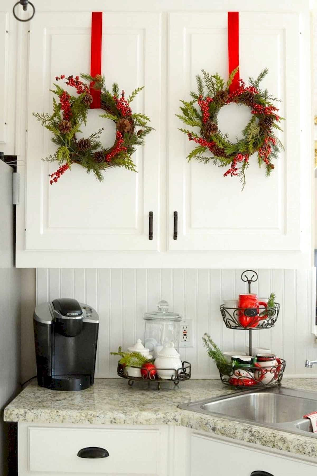 22 Best Christmas Kitchen Decor Ideas And Makeover #ChristmasKitchen #KitchenDecor #KitchenIdeas #Ki #decorationevent