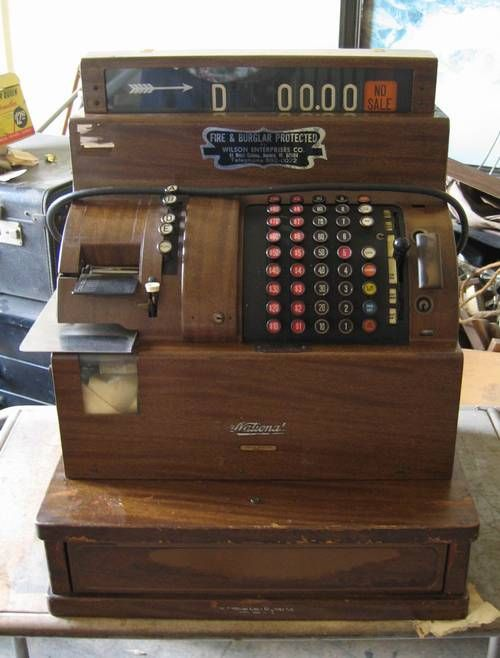 1940's era Cash register - I want one of these!