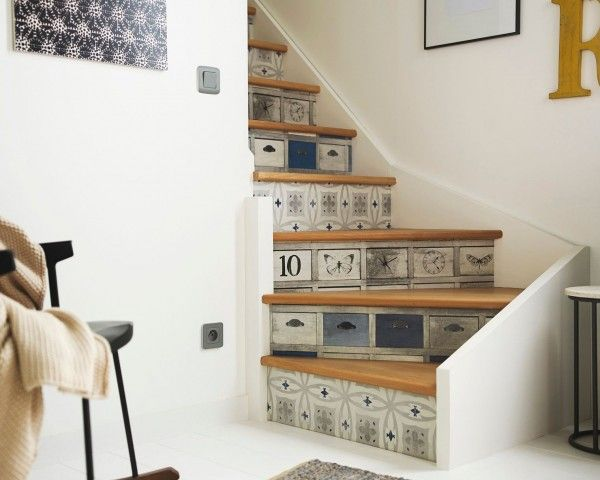 relookez votre escalier avec des stickers tout savoir en 1 min stickers escalier bo tes. Black Bedroom Furniture Sets. Home Design Ideas