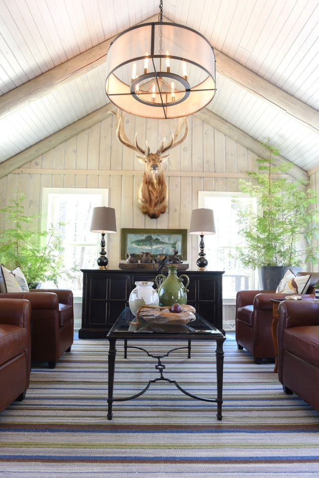 Entrance Area Country Style Living Room By Zero9 Country: 3 Cities, 3 Getaways: Escaping The Holiday Madness