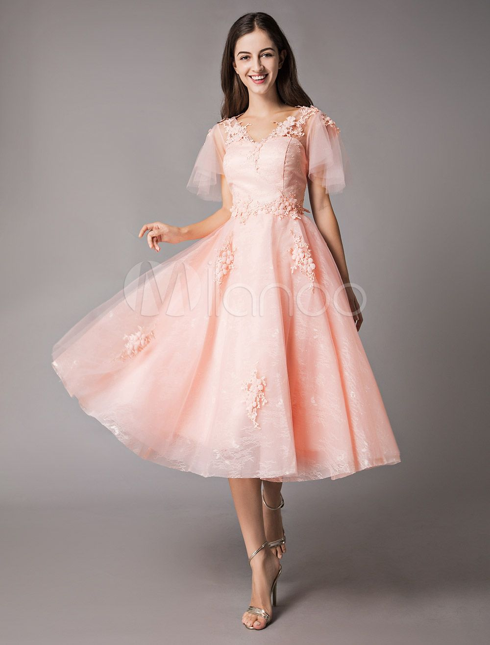 Soft Pink Prom Dresses Lace Applique V Neck Short Sleeve Graduation