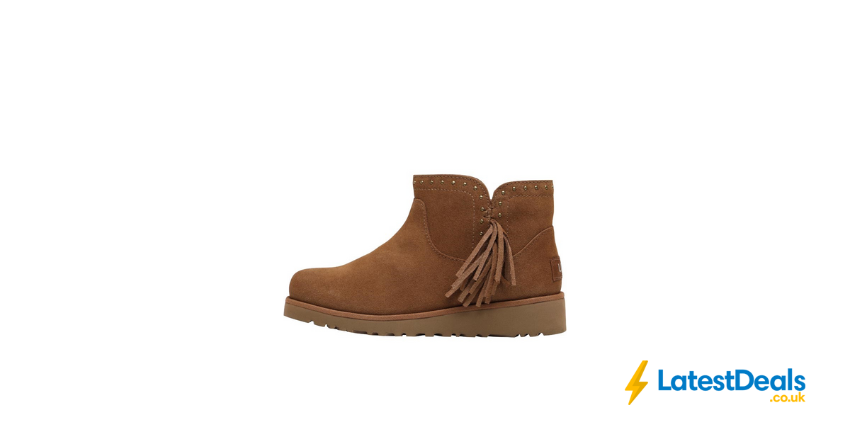 2c890125f7e UGG Junior Girls Cindy Classic Boots Chestnut, £39.99 at MandM ...