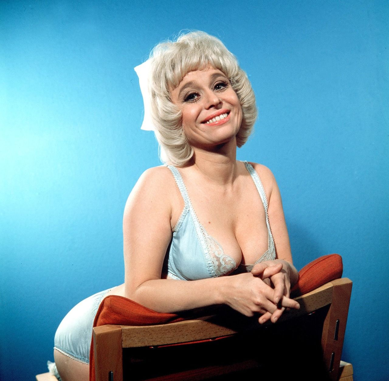Barbara Windsor (born 1937)