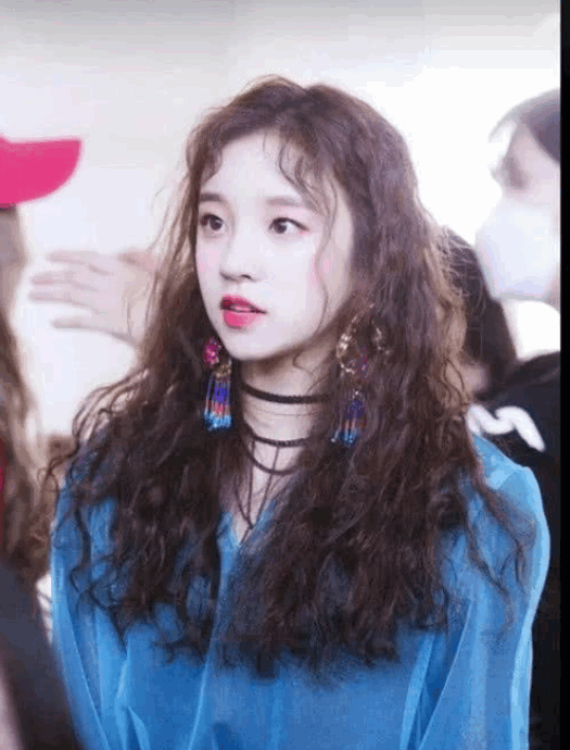 The Most Popular Curly Hair Style In 2019 The Super Beautiful Curly Hair Makes You Look More Fashionable An Curly Hair Styles Beautiful Curly Hair Hair Styles
