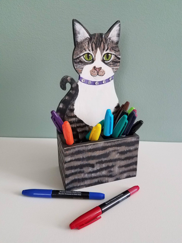 Custom Cat Pencil Holder Cat Desk Accessory Cat Lover Gift Etsy In 2020 Cat Pen Cat Lover Gifts Pencil Holder