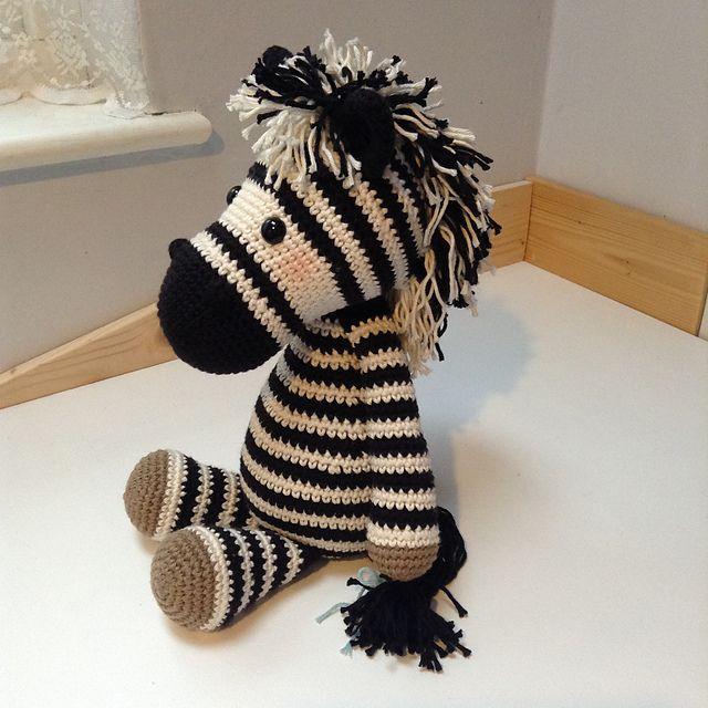 Betje Zebra (modificatie) pattern by Kristel Droog | amigurumis ...