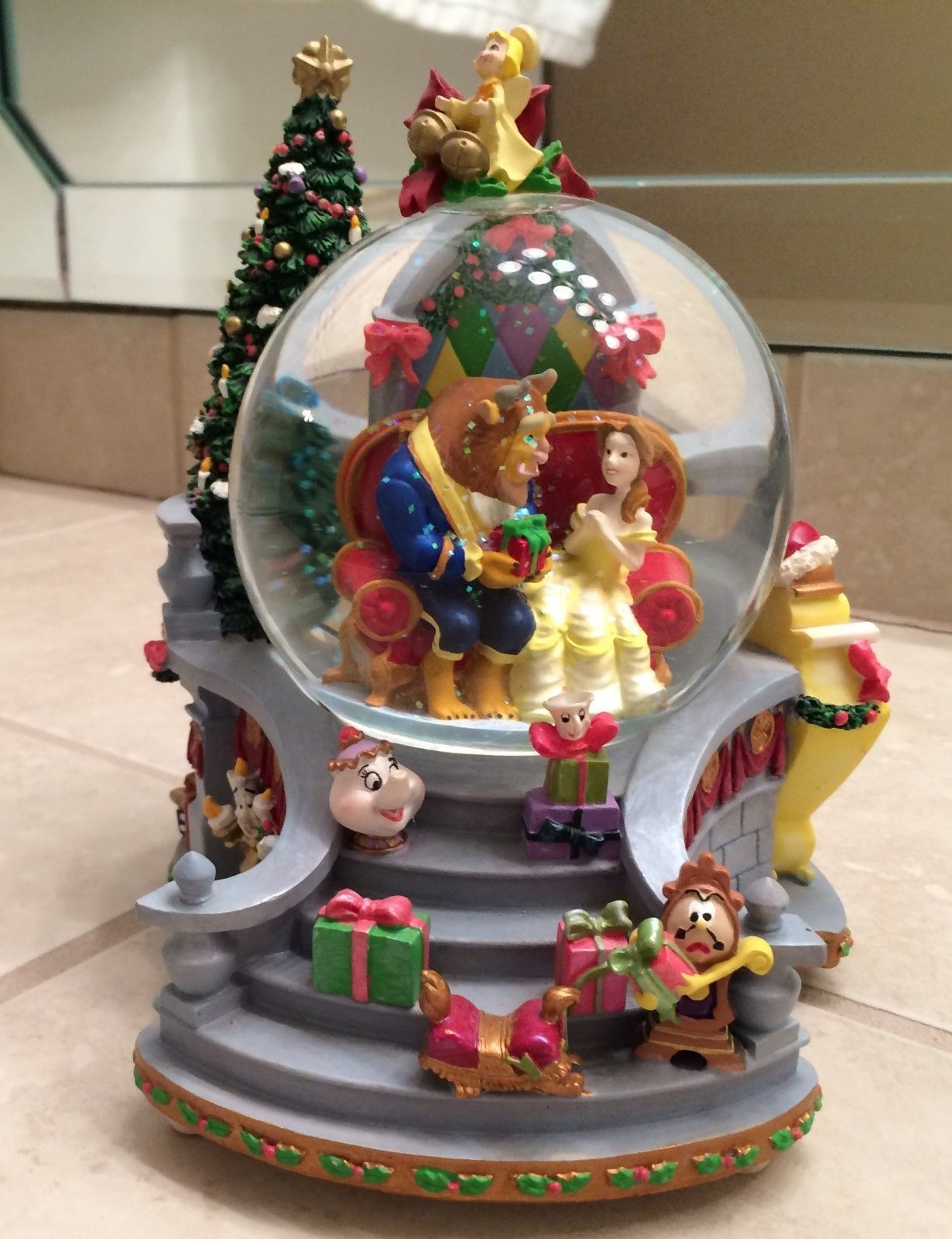 Macy's Thanksgiving Day Parade Snow Globe (With images