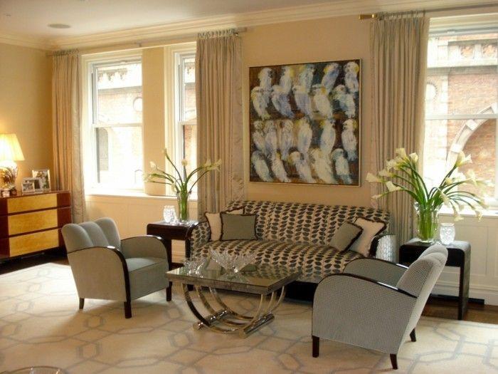 Wohnung Einrichten Ideen Wohnzimmer Gestalten Heller Teppich Blumendeko  Lange Gardinen