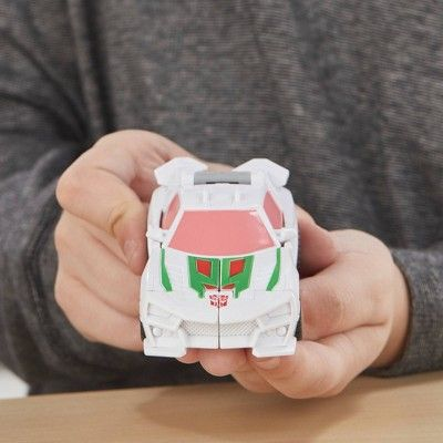 Transformers cyberverse 1-Step changer wheeljack action figure