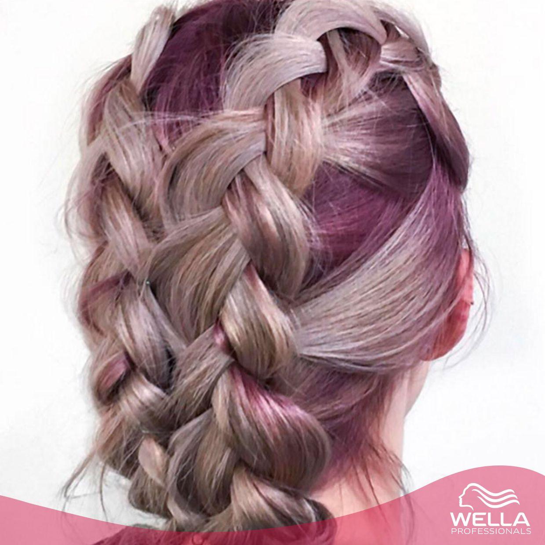 لوك هذا الأسبوع لون شعر بنفسجي مثالي لقد أحببنا درجات الألوان هذه من ابتكار Colourmesue This Week S Look Of The W Hair Styles Hair Looks Long Hair Styles