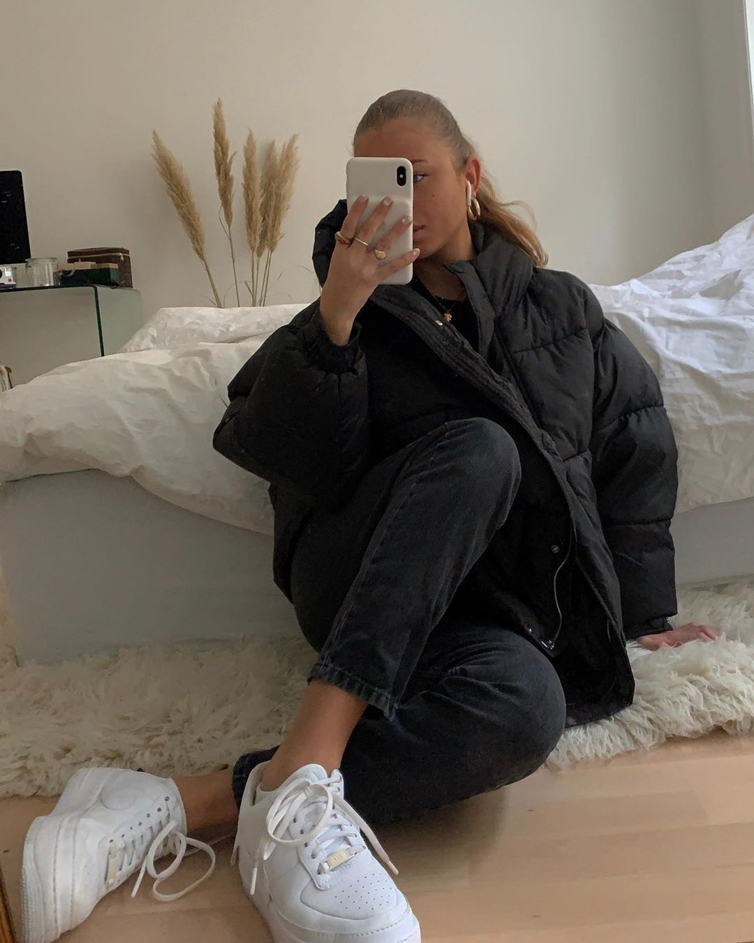 Photo of Anna Astrup on Instagram: puffer seasonn :): #fashionkilla