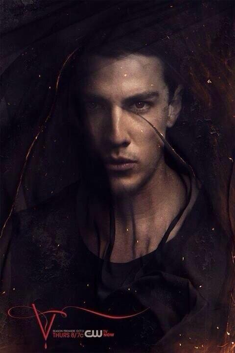 The Vampire Diaries Season 5 Promo Picture Michael Trevino