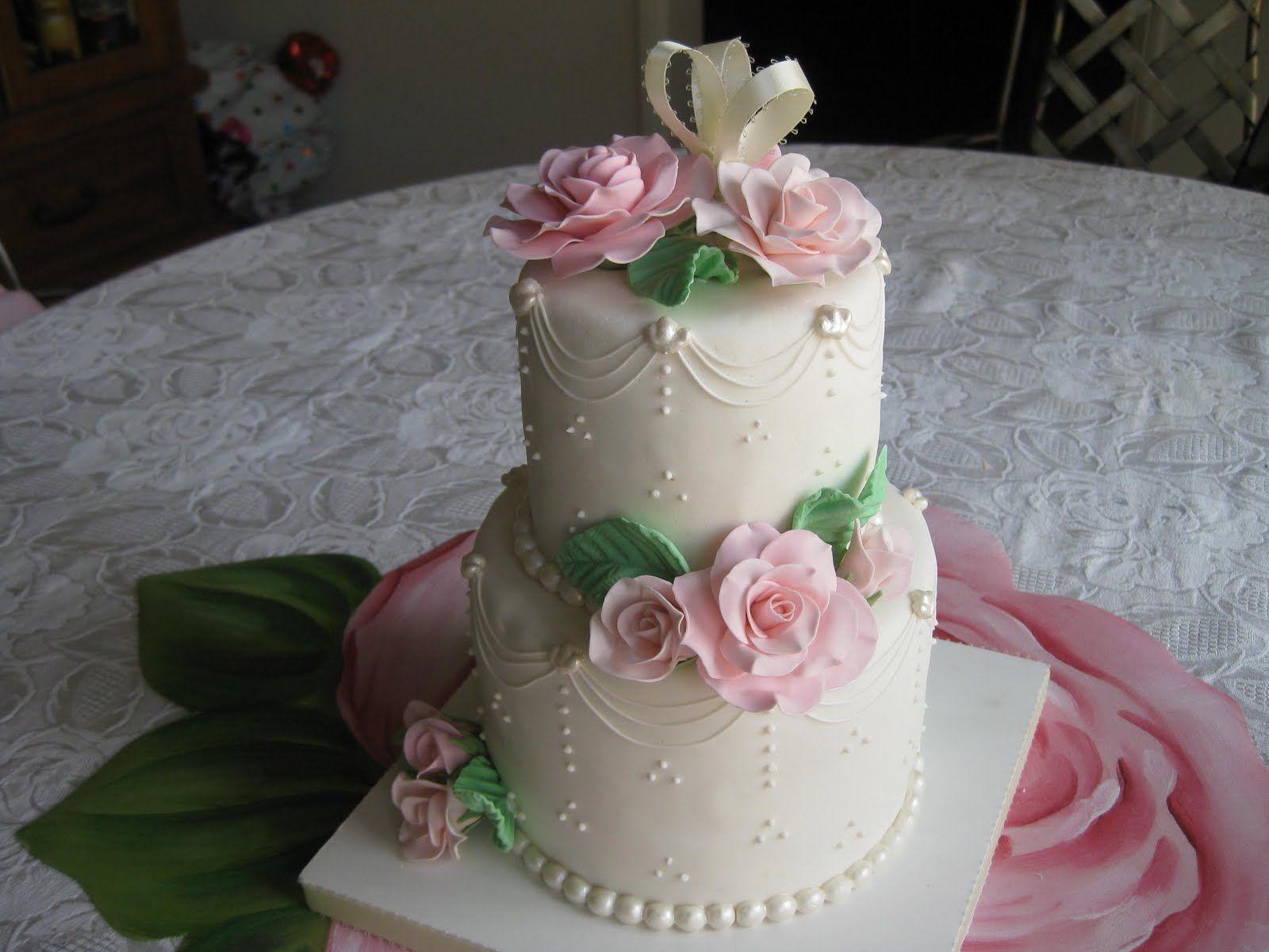 Zombie wedding decorations  Super pretty mini tiered cake  Amazing Cakes  Pinterest  Tiered