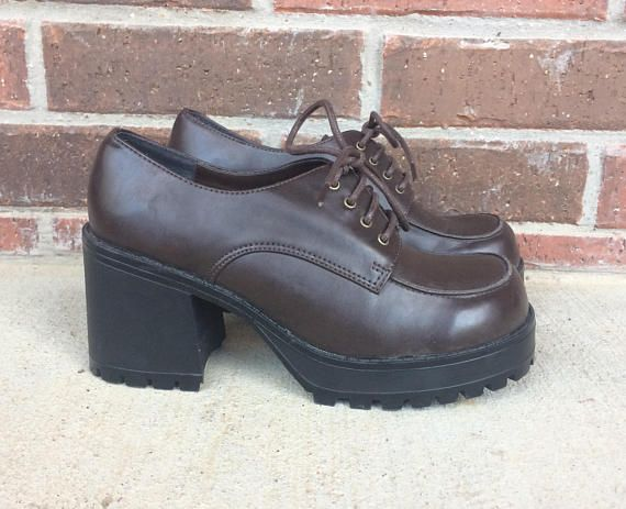 f60fe8465d vintage 90s brown LACE UP chunky HEELS grunge 8.5 platforms club kid ...