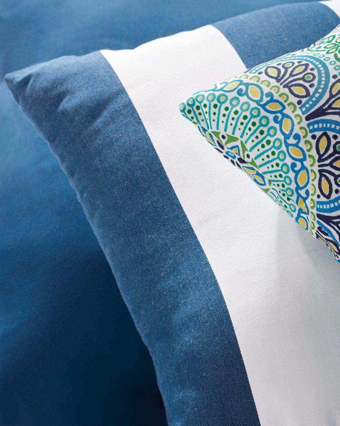 KnifeEdge Outdoor Pillow Outdoor pillows, Pillows, Shop