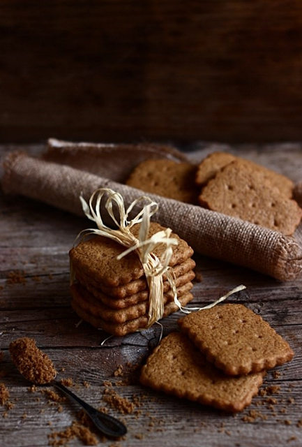 SPICED SHORTCRUST BISCUIT [Belgium] [Netherlands] [speculoos copycat recipe] [mielericotta] [speculoos, biscoff, cookie butter, spread]