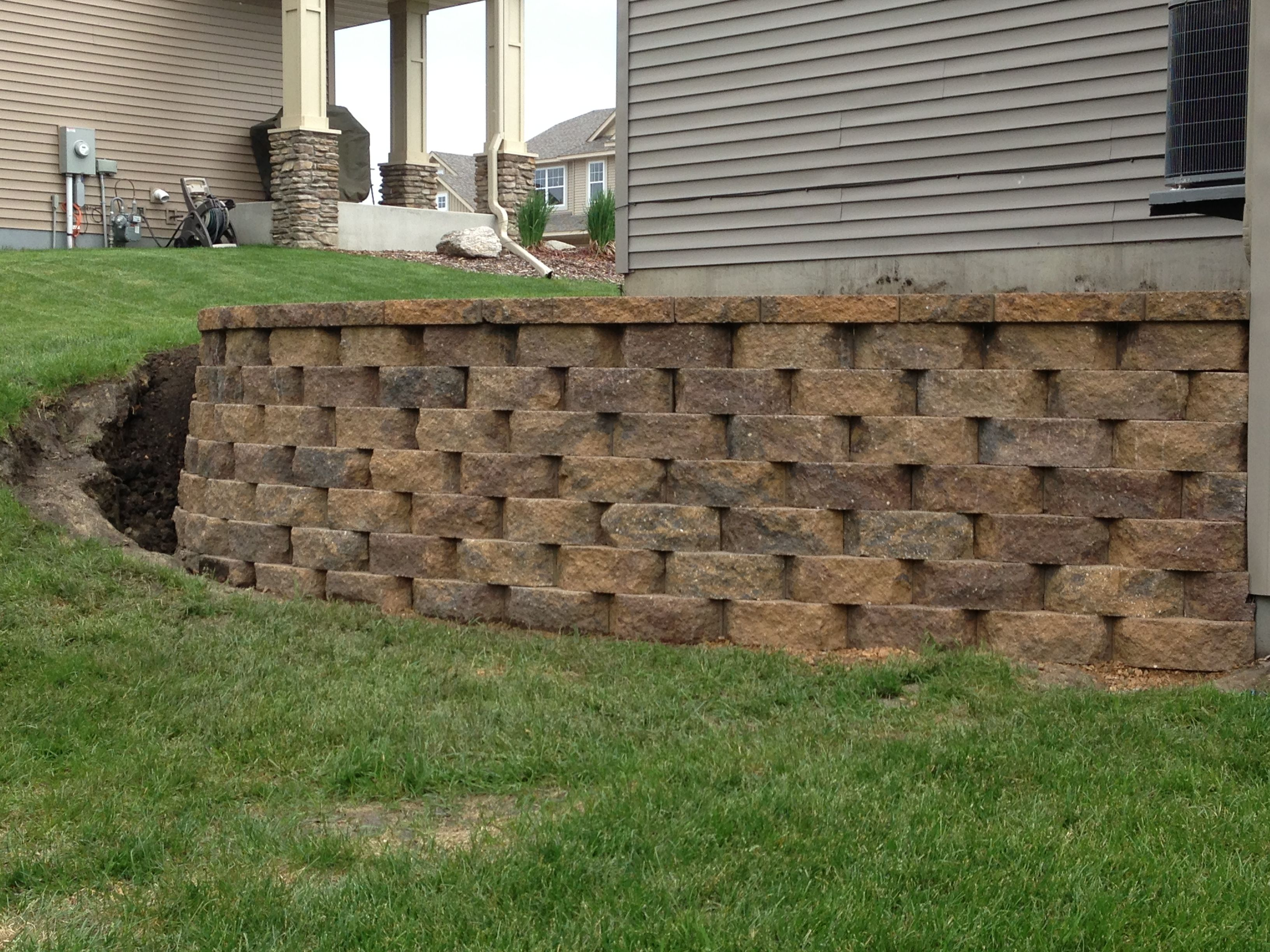Pin By Ellen Wimer On Outdoor Stuff Landscaping Around House Retaining Wall Diy Retaining Wall