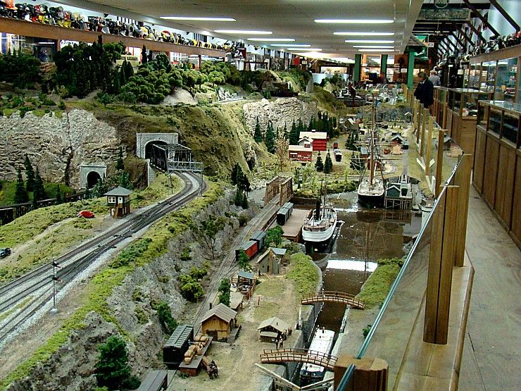 Train Layout Trestle On The Railway Museum Layout In