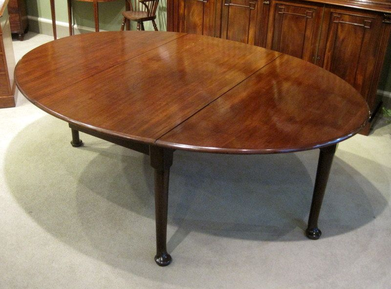 Large Geo II Drop Leaf Dining Table A Fine Large George II Period Red