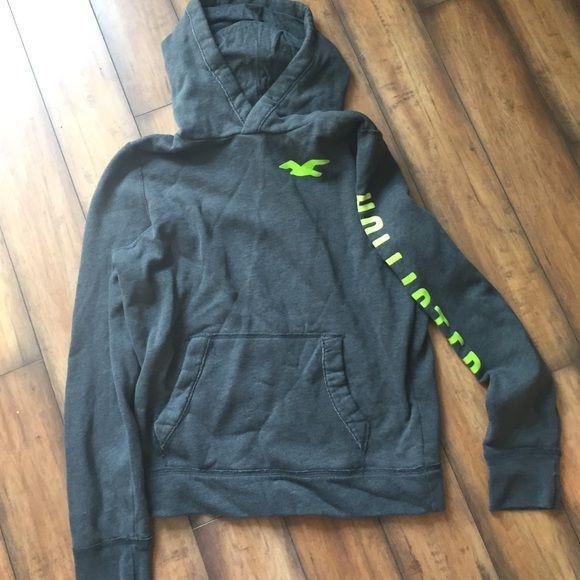 gray hollister hoodie