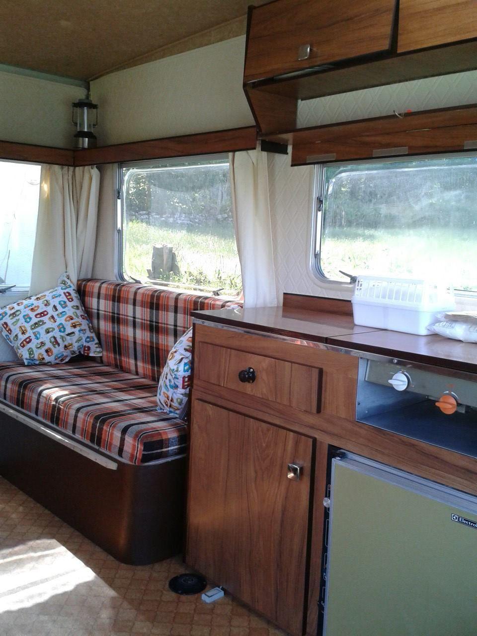 esterel folding caravan interior esterel folding caravans pinterest airstream flying cloud. Black Bedroom Furniture Sets. Home Design Ideas