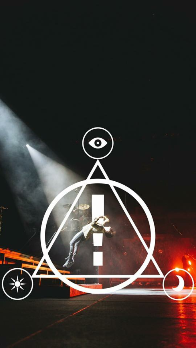 Fall Out Boy Phone Wallpaper New Wallpaper Brrreennddoonnn Uuurriiieee Panic At The