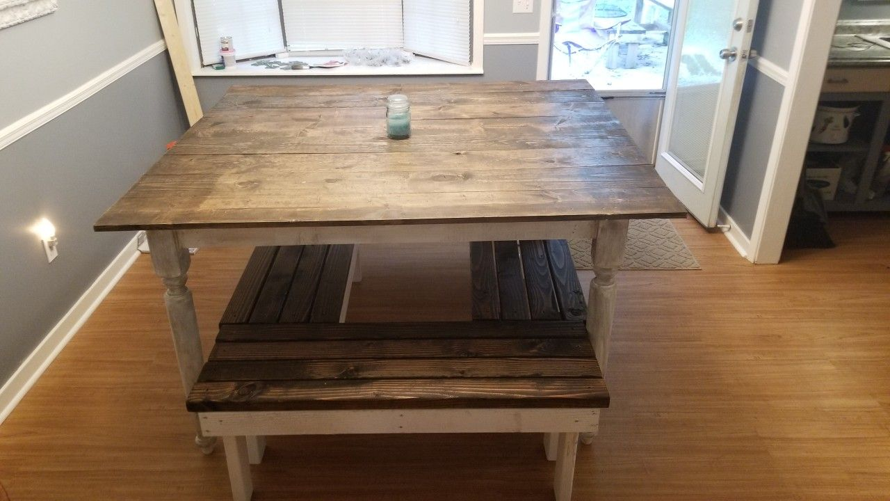 5ft x 5ft with 4 benches square farmhouse table