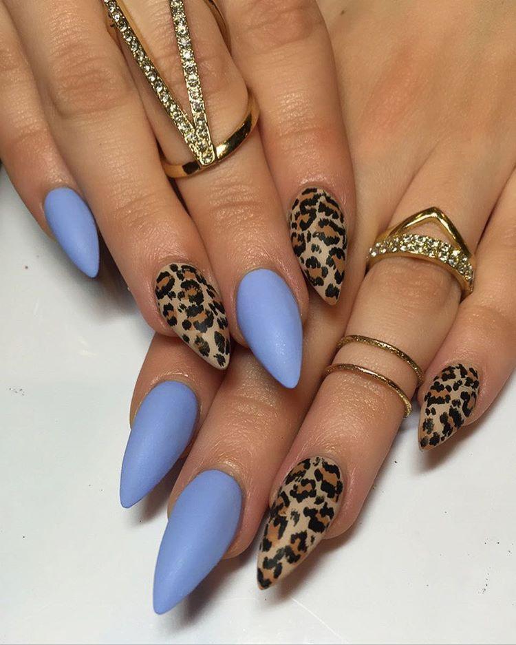 Leopard Print Nail Design Made Classier By Using Gold Striping Tape Black Chevron Tips Nailart Nail Leopard Print Nails Cheetah Nail Designs Leopard Nails