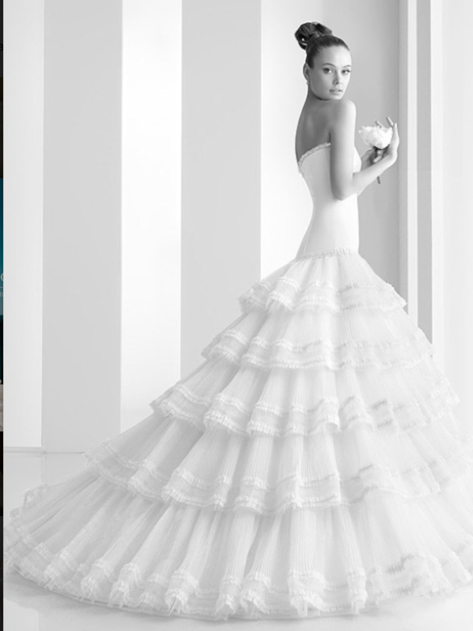Spanish style wedding dress | DW | Pinterest | Spanish style ...