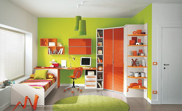 Colorful children bedroom for creative children s growing for Orange and green bedroom designs