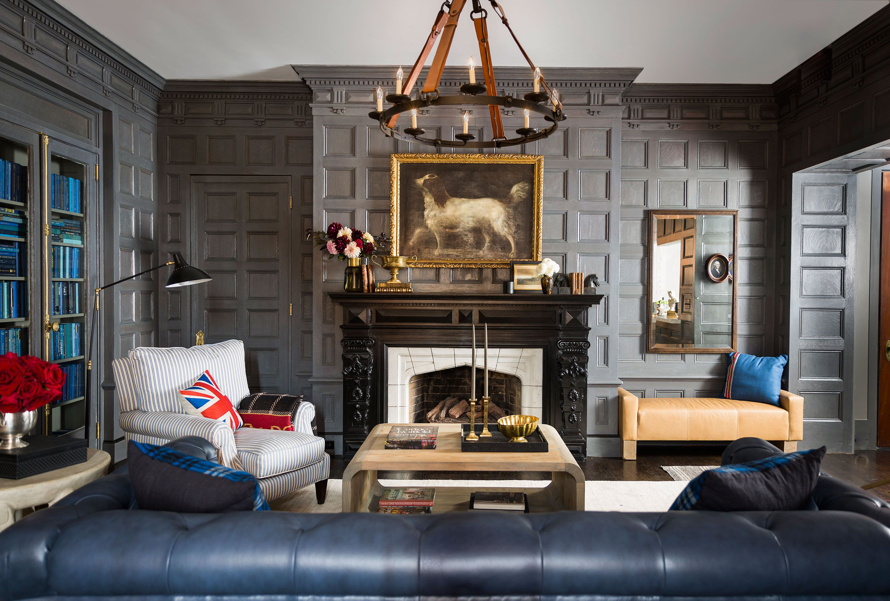 Inside A Stately Boutique Hotel From A Beauty Mogul Home English Decor Masculine Room