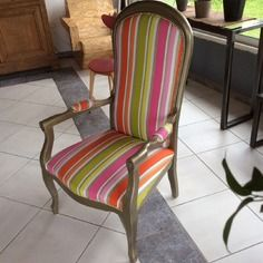 Fauteuil Voltaire Relooke Chassis Or Tissu Multicolore Fauteuil Voltaire Fauteuil Deco Fauteuil