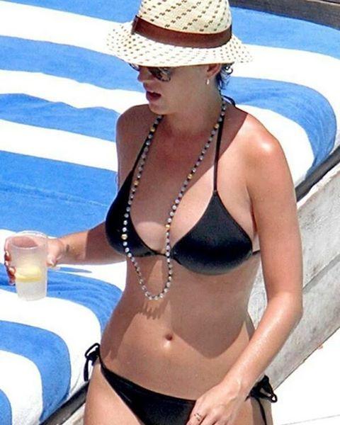 Lady Gaga on Instagram: #KatyPerry bikini ass 😍 #MileyCyrus ...