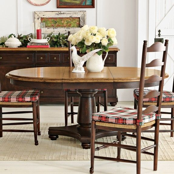 Farmhouse Round Dining Table, Honey/Cocoa