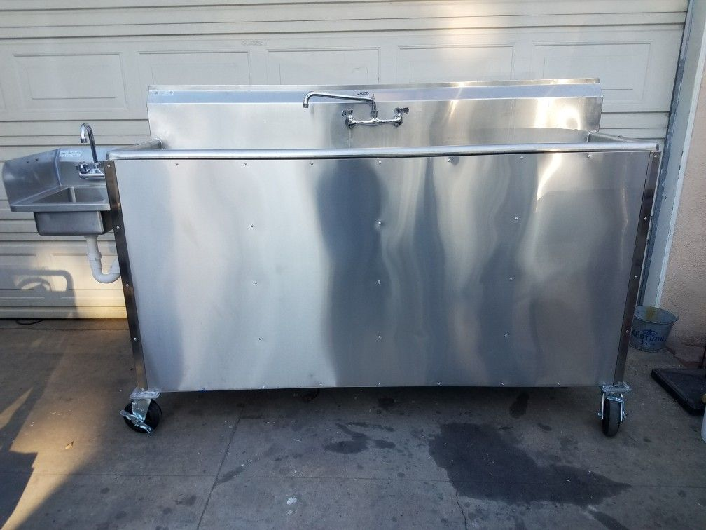 Portable Self Contained 3 Compartment Stainless Steel Sink For
