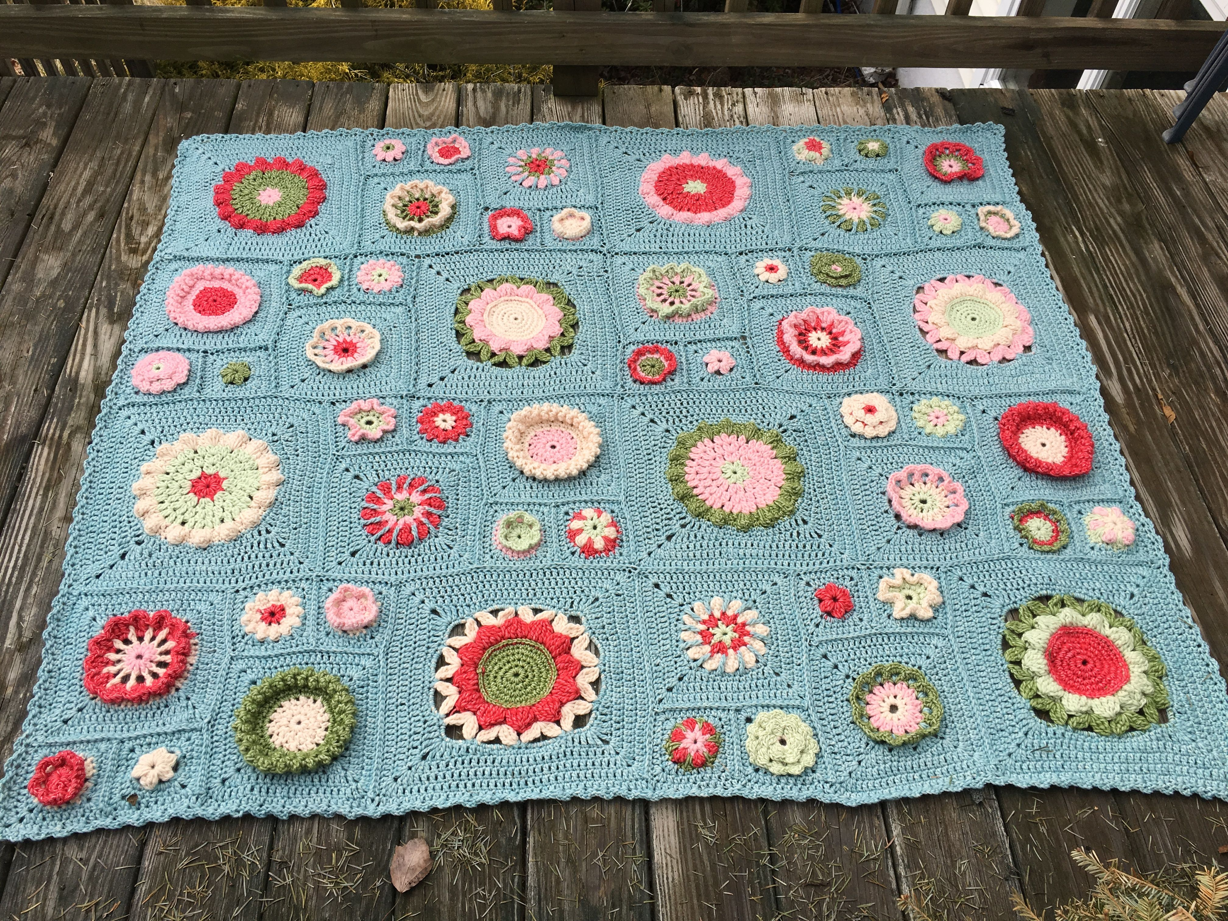 Free pattern april 1 2016 crochet a long to the garden free pattern april 1 2016 crochet a long to the garden bankloansurffo Image collections