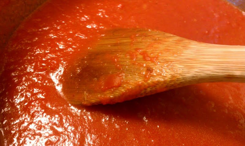 Buttery marinara sauce from my friend Mary!  Think I'll try this...looks easy enough for me!!