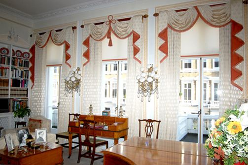 Making Sure That One Of The Window Curtain Dining Room Dining Classy Window Curtains For Dining Room Inspiration Design