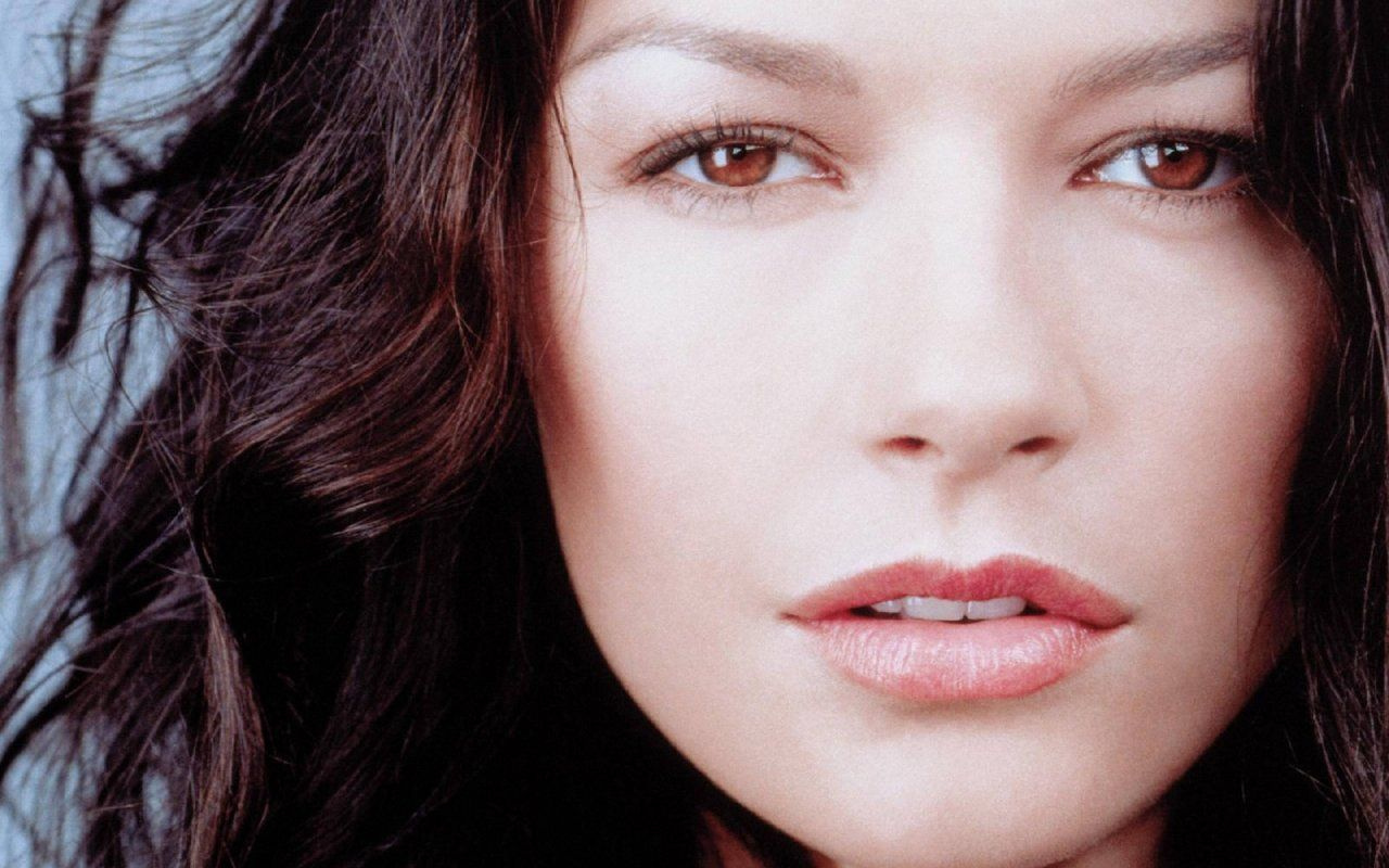 Catherine Zeta-Jones (born 1969)