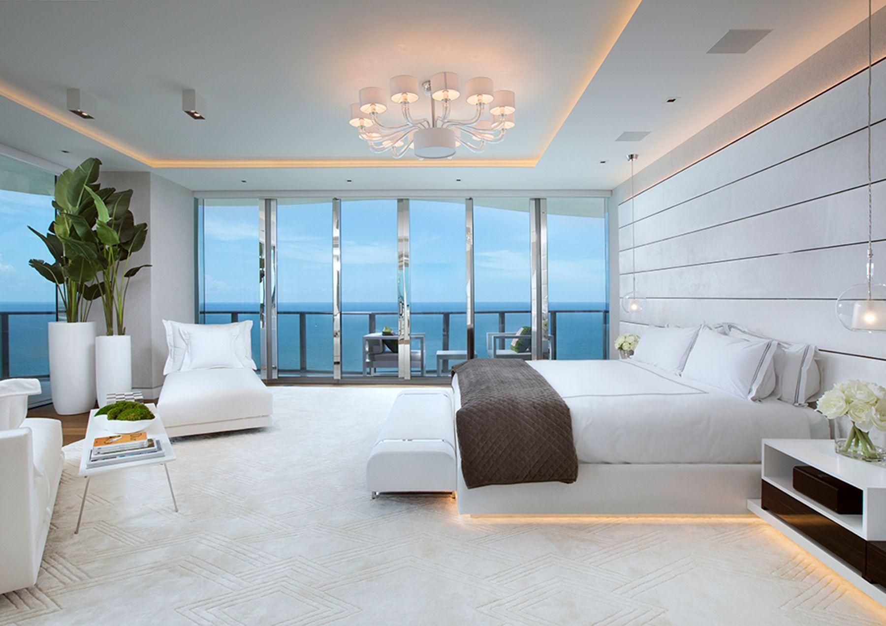 Departamento minimalista en la playa habitaciones for Decoracion de departamentos minimalistas