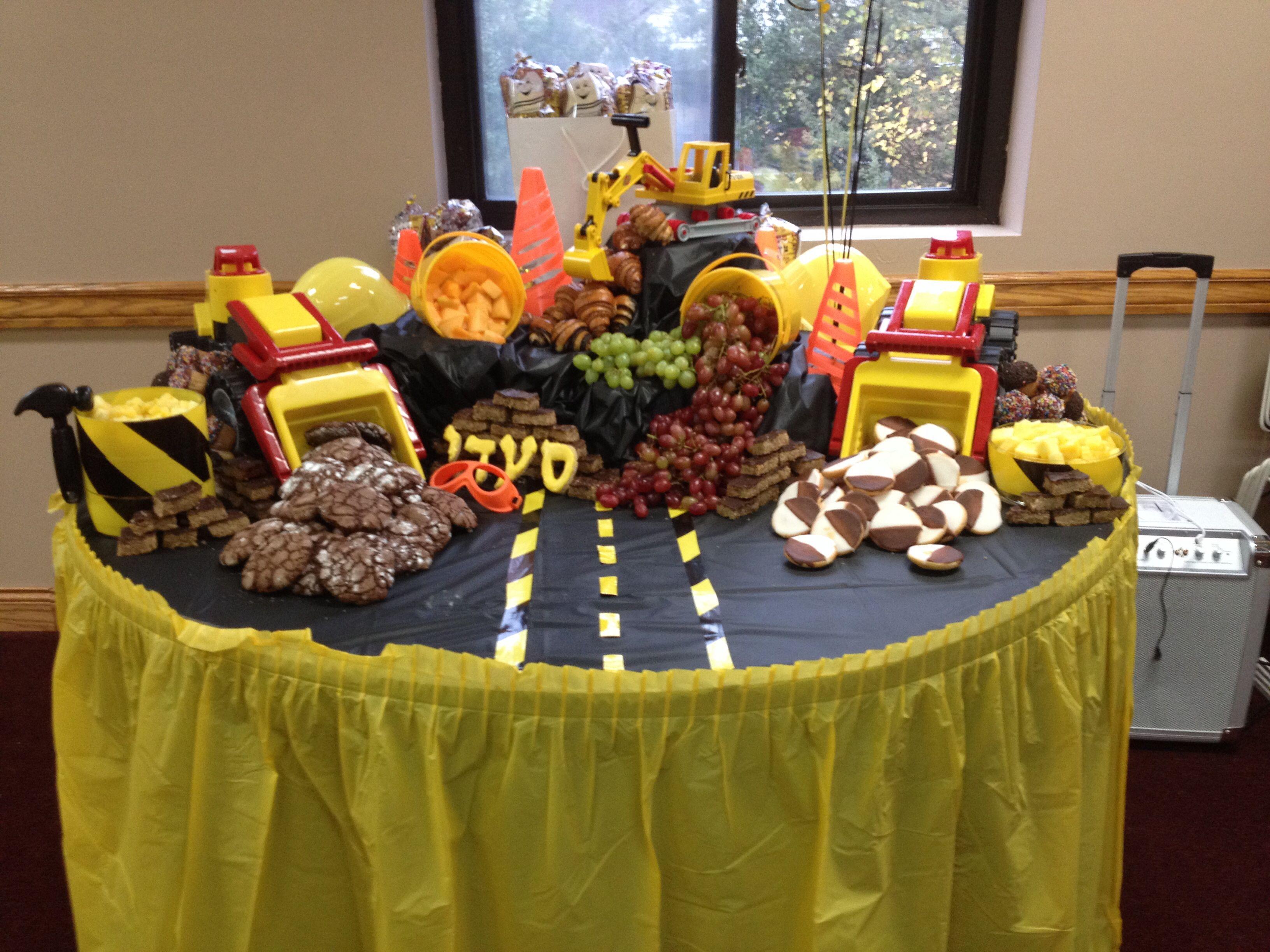Upshernish Table Decorations